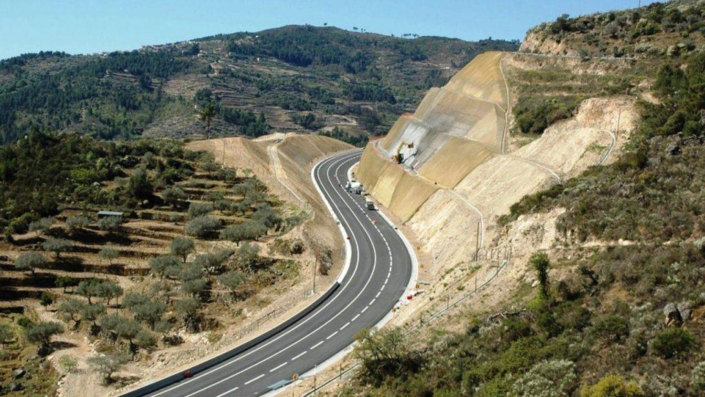 Mota-Engil - Egenharia & Construção, SA